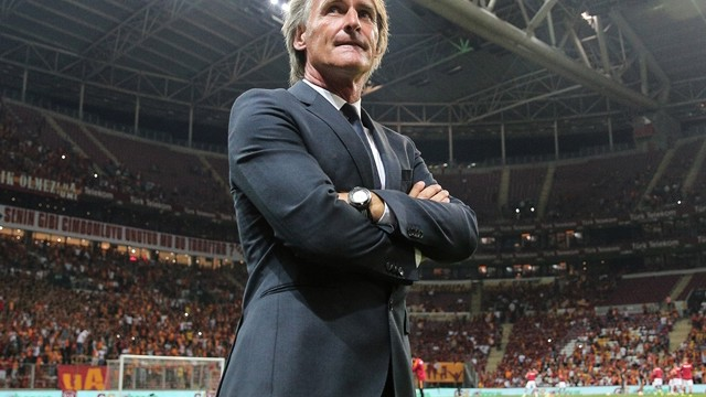Riekerink'ten derbi yorumu!