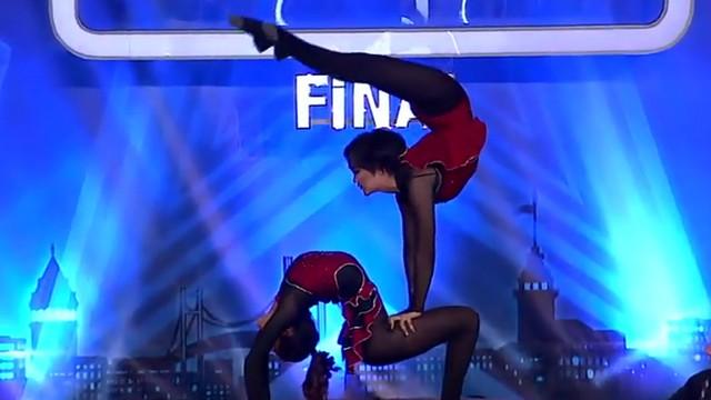 Akdeniz Circus Team büyüledi...