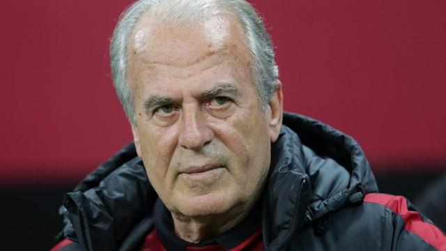 Mustafa Denizli'den Galatasaray'a ödeme!