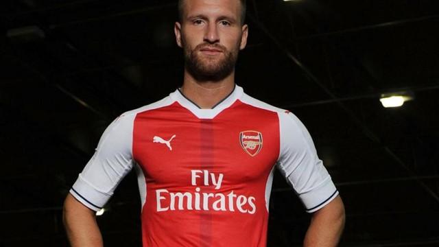 Arsenal'in yıldızı Mustafi'den Müslümanlık yorumu