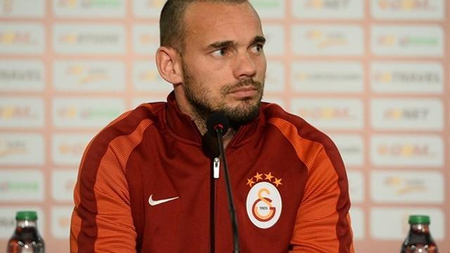 Wesley Sneijder basın toplantısında konuştu!