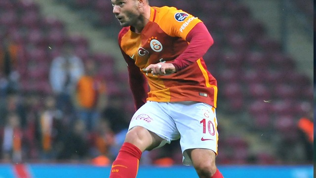 Gündemi sarsan Sneijder-Sosa takası iddiası!