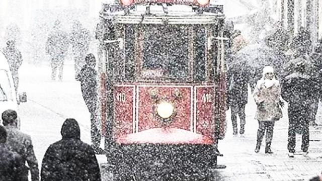 İstanbul ve Ankara için kuvvetli kar yağışı uyarısı