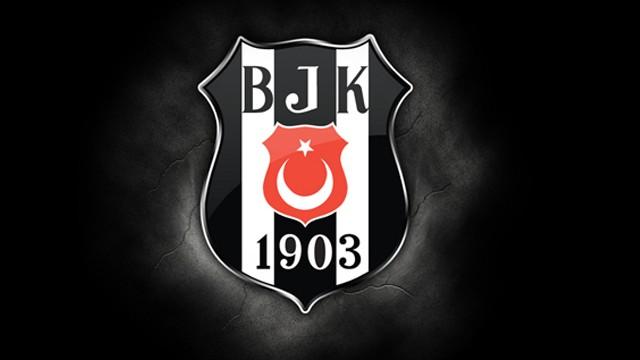Beşiktaş yeni transferi Mitrovic'i İstanbul'a getiriyor!