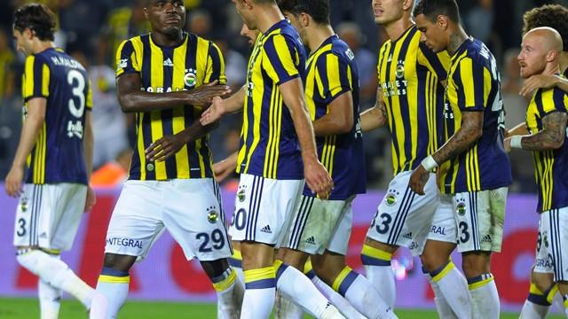 Fenerbahçe'ye Emenike için transfer teklifi!
