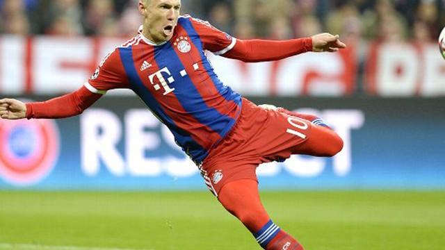 Arjen Robben sözleşmesini 1 yıl uzattı!
