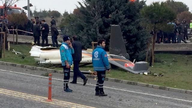 Büyükçekmece'de helikopter düştü: 7 kişi hayatını kaybetti!
