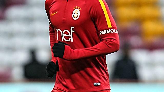 Galatasaraylı yıldız Süper Lig ekibine imza attı!