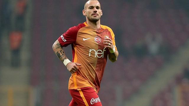 Wesley Sneijder kadro dışı bırakıldı!