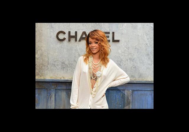 Hırkada Rihanna Trendi