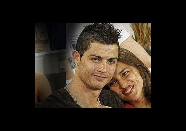Christiano Ronaldo Ve Irina Shayk'in Tribün Aşkı!