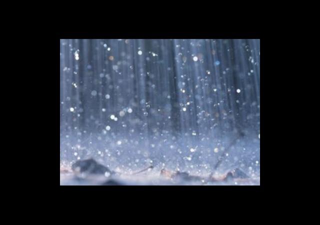 Sağanak Yağış Hayatı Felç Etti
