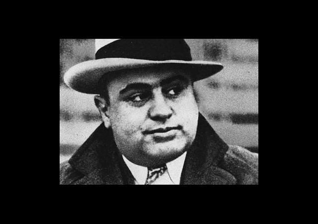 Al Capone'u Tahtından Kim İndirdi?