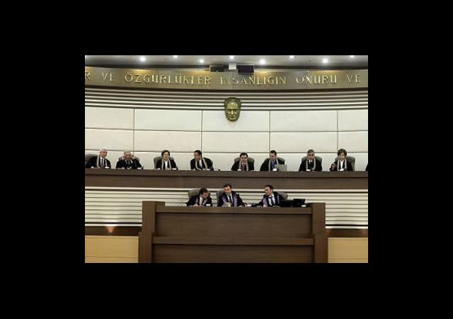 Anayasa Mahkemesi'ne Yeni Düzenleme