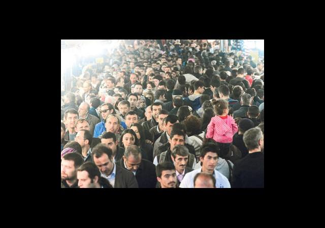İstanbul'da 3 Kişiden Biri İlkokul Mezunu