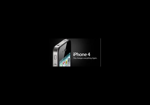 iPhone 4S Rekora Doymuyor