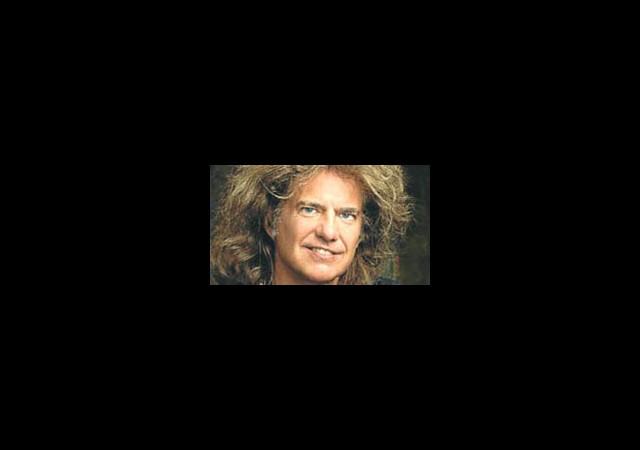 17 Grammy Ödüllü Pat Metheny Geliyor
