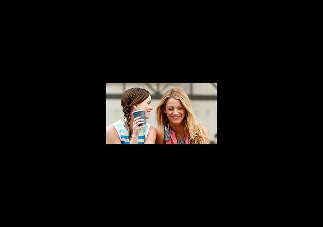 Gossip Girl Kızları Yakın Markajda