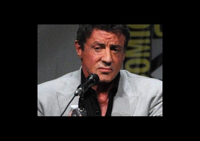 Ünlü Aktör Stallone Oğlunun Yasını Tutuyor
