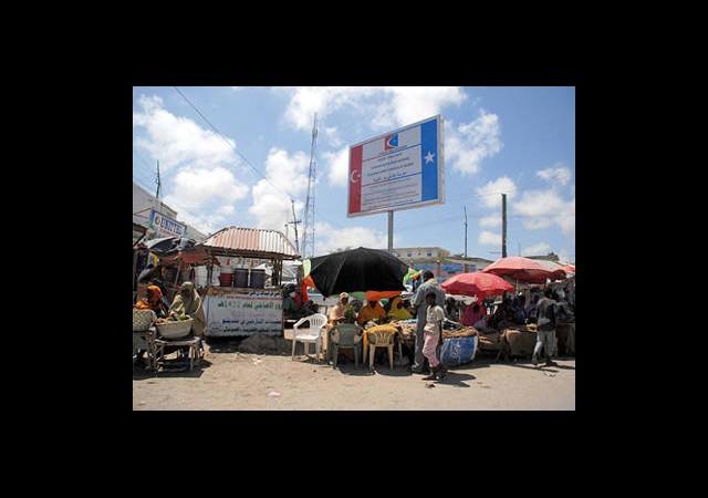 Türkiye'den Somali'ye Uzanan Yardım Eli