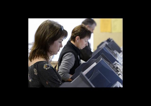 Erken oylar Obama'ya Yarıyor