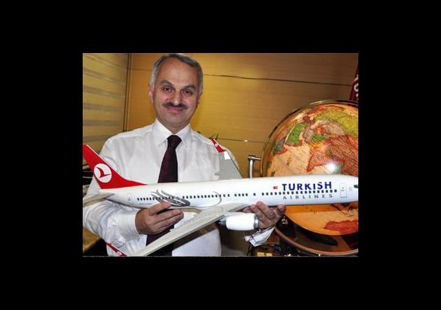 Havadaki Dev Birliğe Türk Başkan