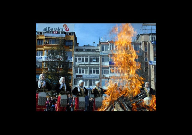 ''Nevruz Ateşi Avrupa'da da yanacak''
