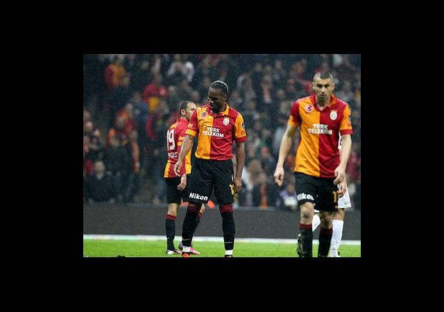 Galatasaray'da ''Cuma Sendromu''
