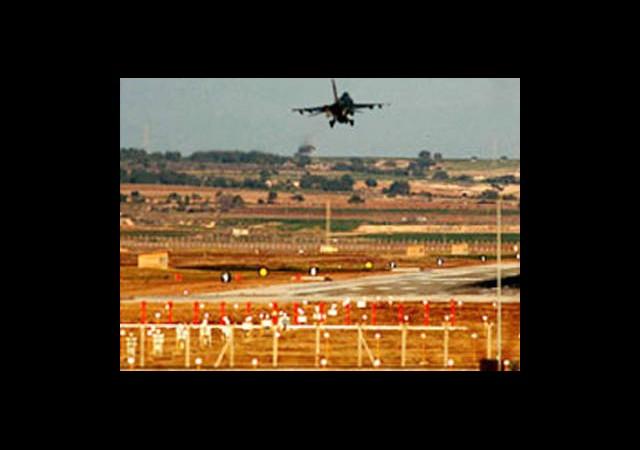 İsrail'e Hava Üssü Verilecek mi?
