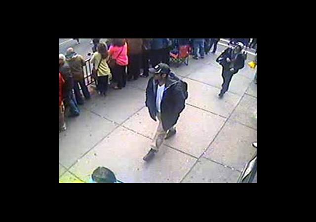 Boston Bombacılarından Biri Öldü Diğeri Kaçtı