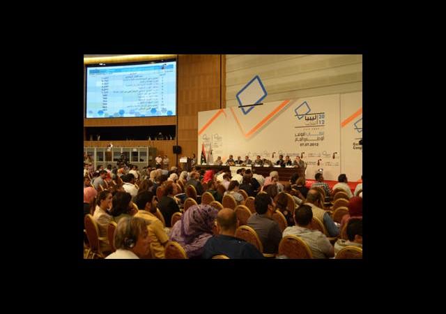 Libya'da Oy Sayımı Devam Ediyor