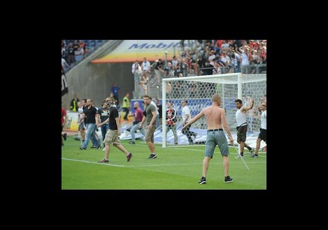 Bundesliga'da Şiddet Artıyor