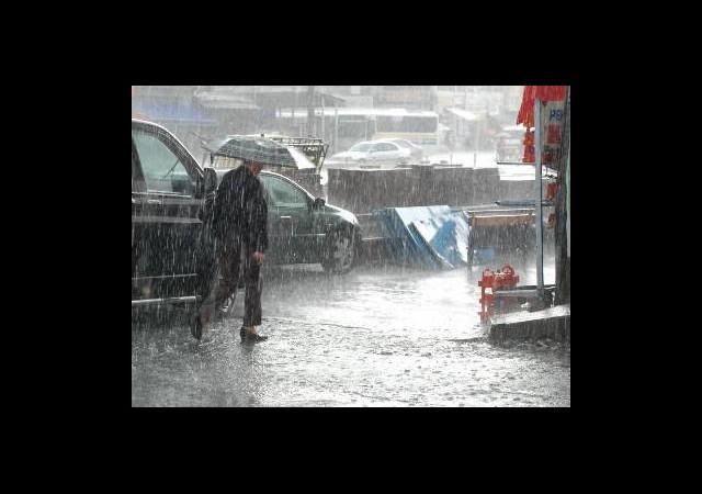 METEOROLOJİ'DEN ÖNEMLİ UYARI / Sağanak Yağış Geliyor!