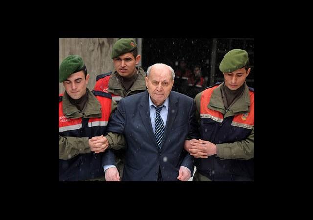 Hüseyin Üzmez'e 3 YılHapis Cezası