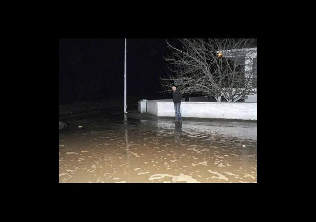 Kastamonu'da Fırtına Hasara Yol Açtı