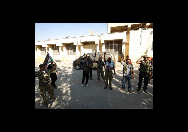 Esad'a Muhaliflerden Sert Cevap