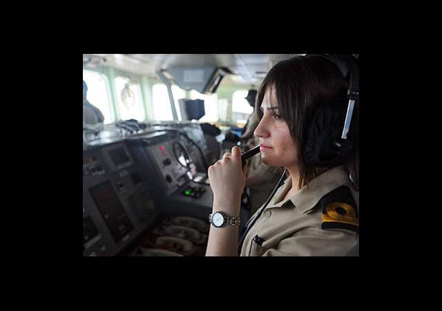 Savaş Gemisinde Kadın Olmak