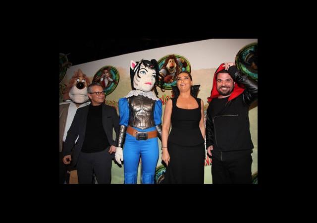 'Aslan Max'a Fantastik Gala!