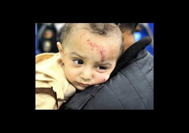 Gazze'de Kadın ve Çocuklar Ölüyor