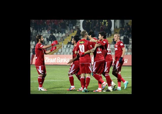 Sivasspor:3 Manisaspor:0