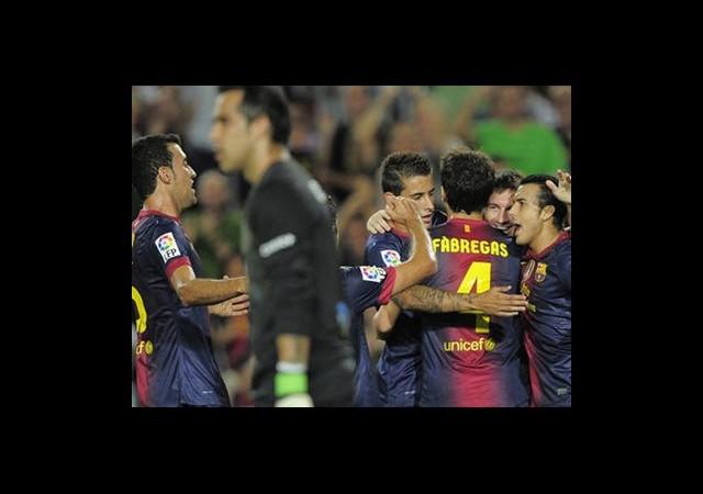 Camp Nou'da Barcelona Şov