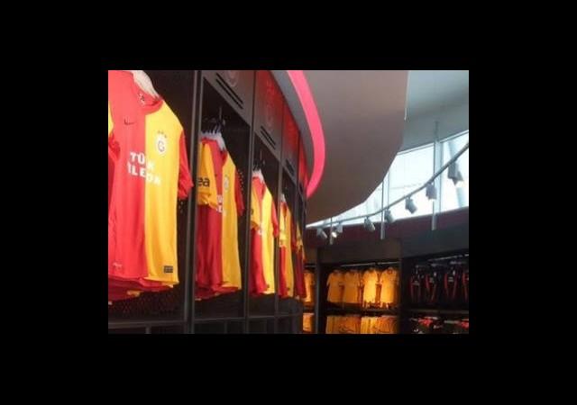 Ne Barcelona Ne Arsenal Aslan Birinci!