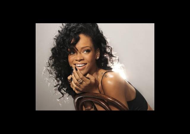 Rihanna'nın Dövmeleri Ne Anlama Geliyor?