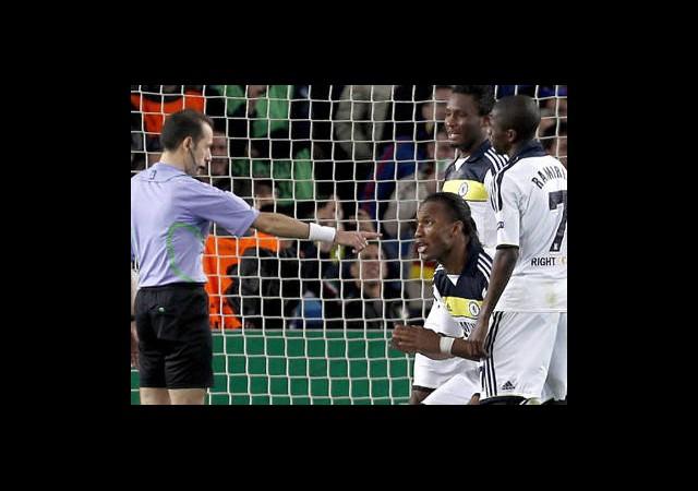 Euro 2012 Hakemleri Buluştu