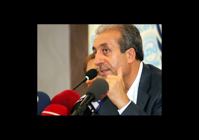 Mehdi Eker 'Suriye Konsusunda Türkiye Gerekli Tedbirleri Alıyor'