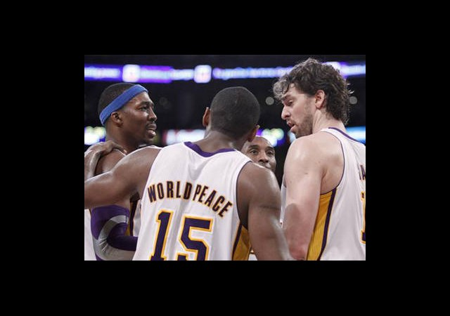 Lakers Kazanmaya Devam Etti