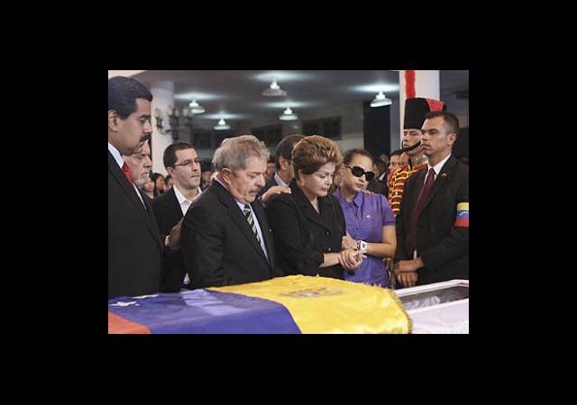 Chavez'in Naaşı Mumyalanacak