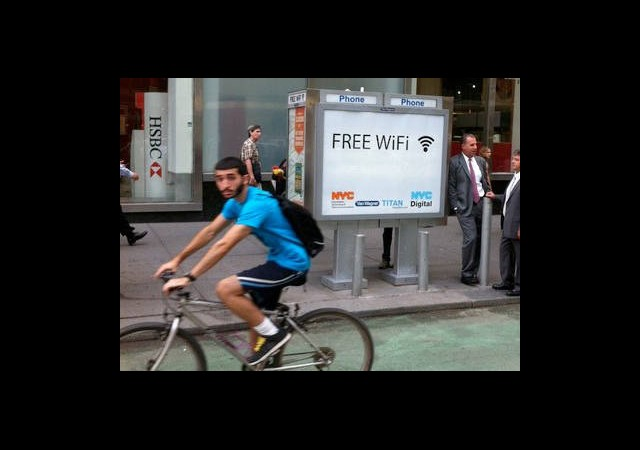 Telefon Kulübeleri Wi-Fi Noktası Oluyor