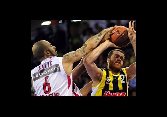 Fenerbahçe Ülker Olympiakos Deplasmanında