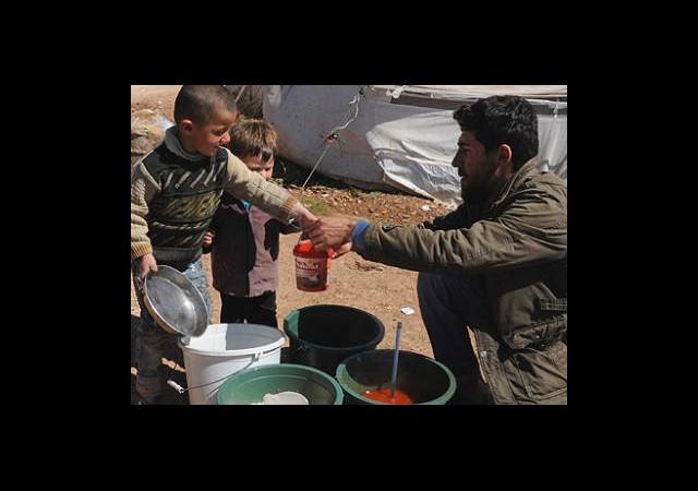 Suriyeli Çocukların ''Ağır Yükü''